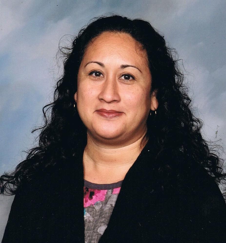 online school teacher Campos